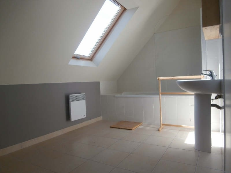 Location maison / villa Kerlaz 750€ CC - Photo 5