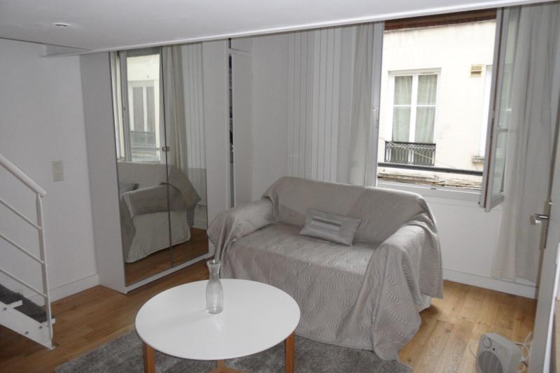 Rental apartment Paris 18ème 1086€ CC - Picture 2