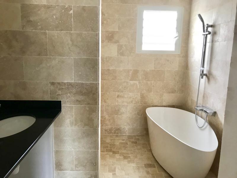 Rental house / villa Le port 2400€ CC - Picture 3