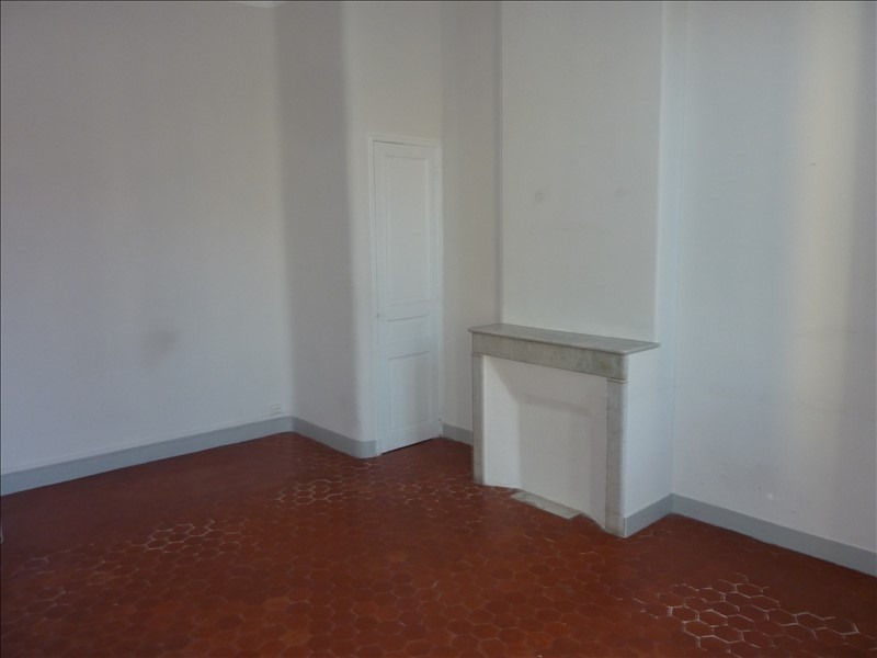 Rental apartment Marseille 4ème 480€ CC - Picture 2