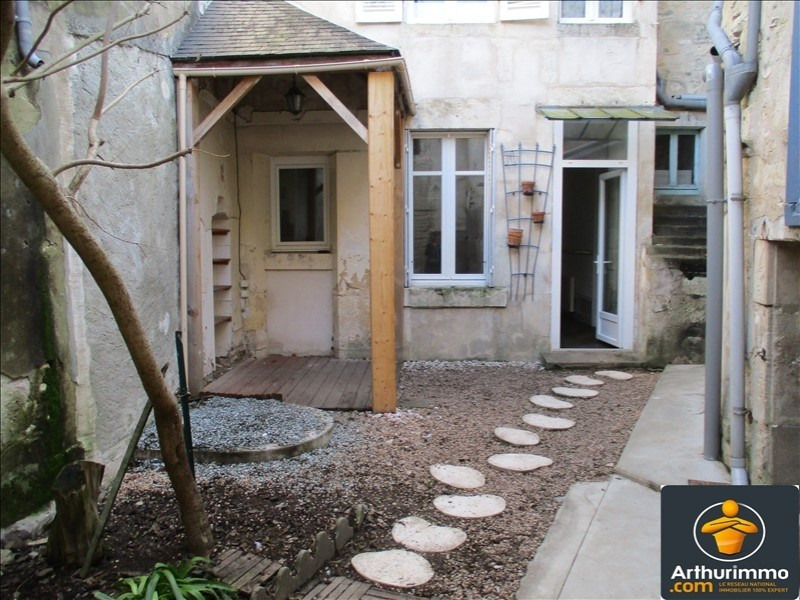 Sale house / villa St jean d angely 122 475€ - Picture 1