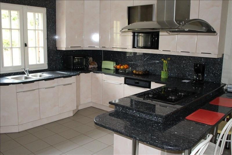 Sale house / villa Beauvais 390000€ - Picture 4