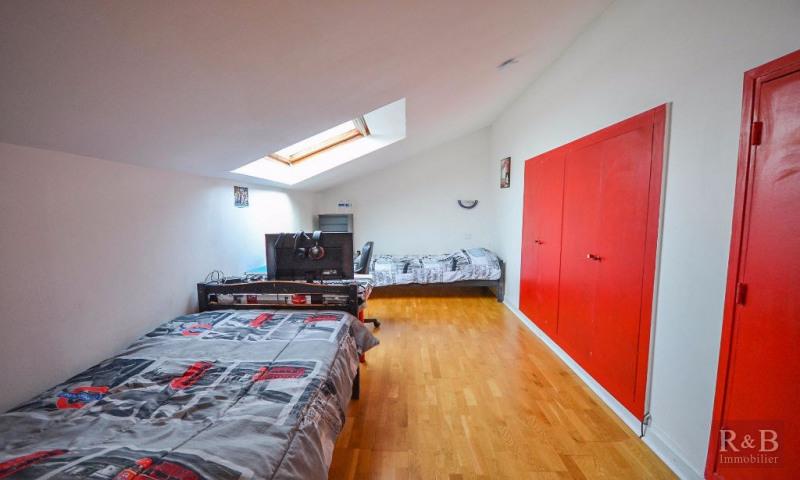 Sale house / villa Les clayes sous bois 360000€ - Picture 8