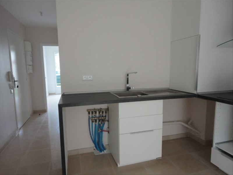 Location appartement Orsay 851€ CC - Photo 3