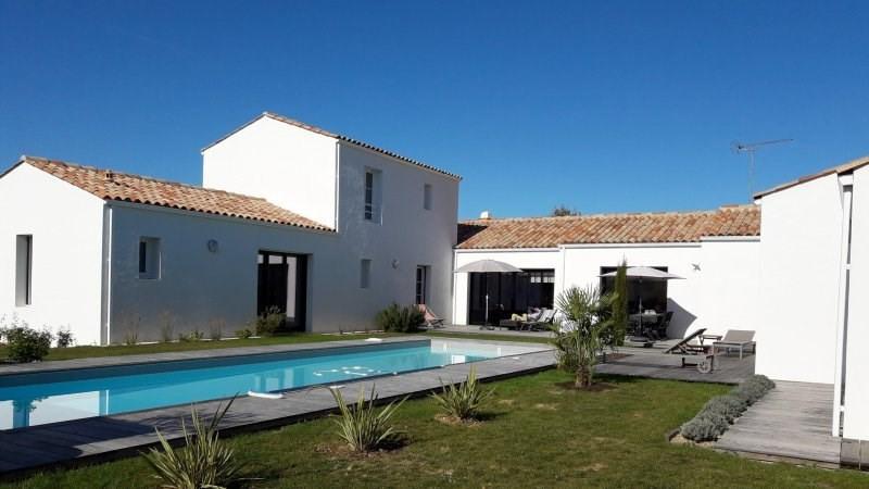 Deluxe sale house / villa Talmont st hilaire 798000€ - Picture 1