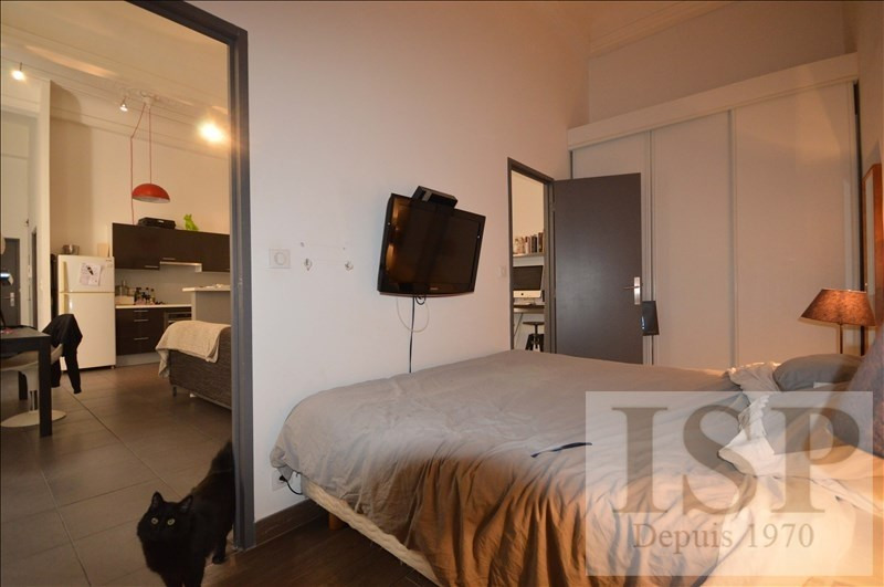 Rental apartment Aix en provence 1021€ CC - Picture 3