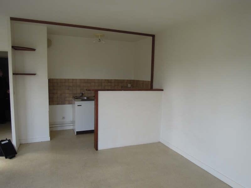 Rental apartment Crepy en valois 440€ CC - Picture 2