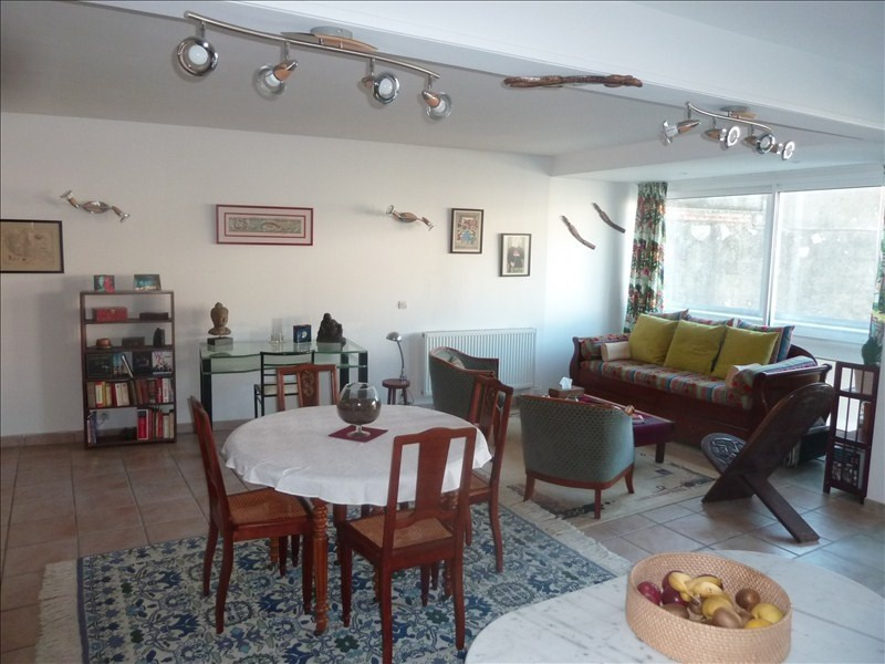 Sale apartment Pau 183 000€ - Picture 1