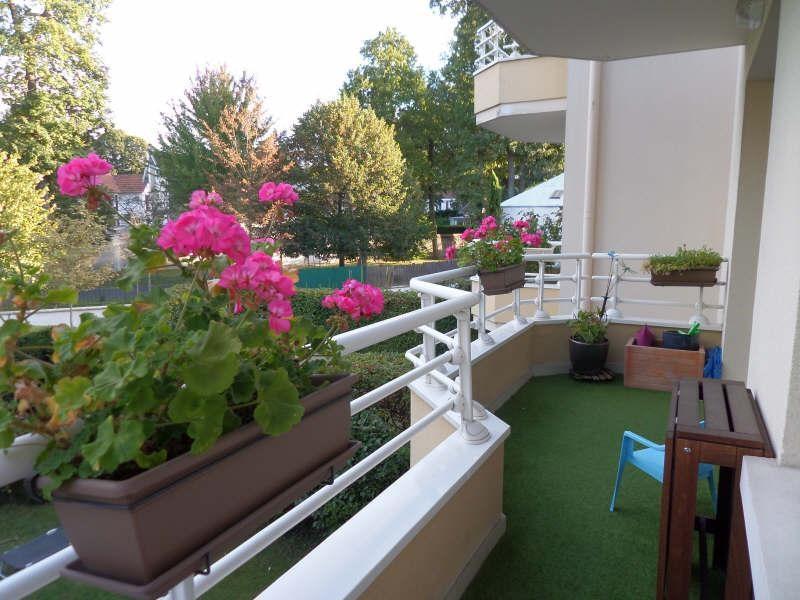 Sale apartment La celle st cloud 330000€ - Picture 2