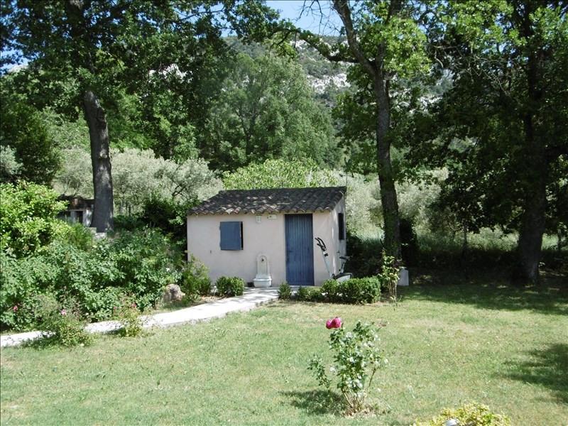 Vente maison / villa Robion 499000€ - Photo 8