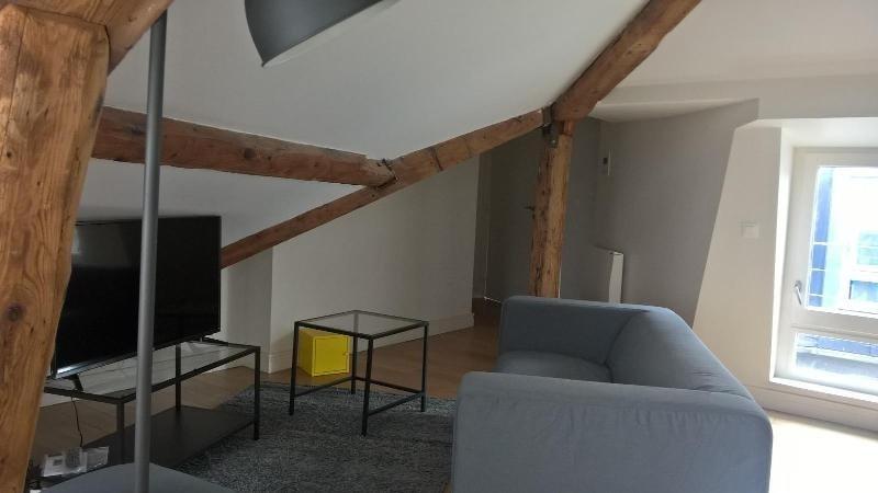 Location appartement Lyon 2ème 1015€cc - Photo 3