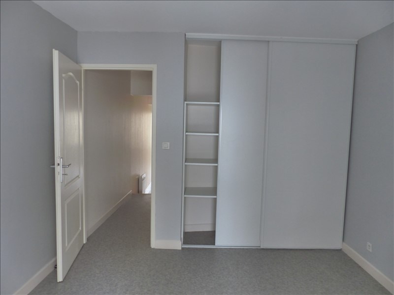 Sale apartment Poitiers 68292€ - Picture 2