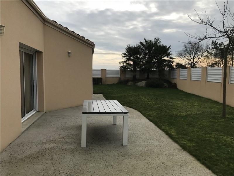 Sale house / villa St andre de la marche 240460€ - Picture 5