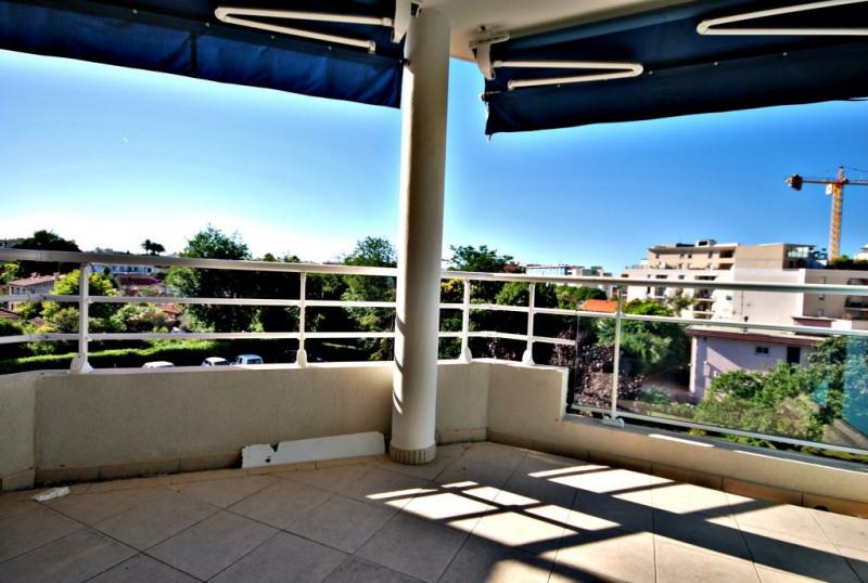 Sale apartment Juan-les-pins 215000€ - Picture 2