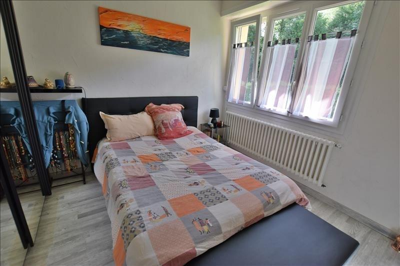 Sale house / villa Gelos 235000€ - Picture 3