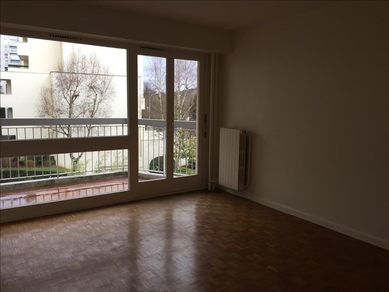 Rental apartment Marly le roi 900€ CC - Picture 2