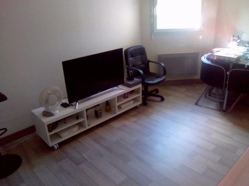 Location appartement Horgues 350€ CC - Photo 2