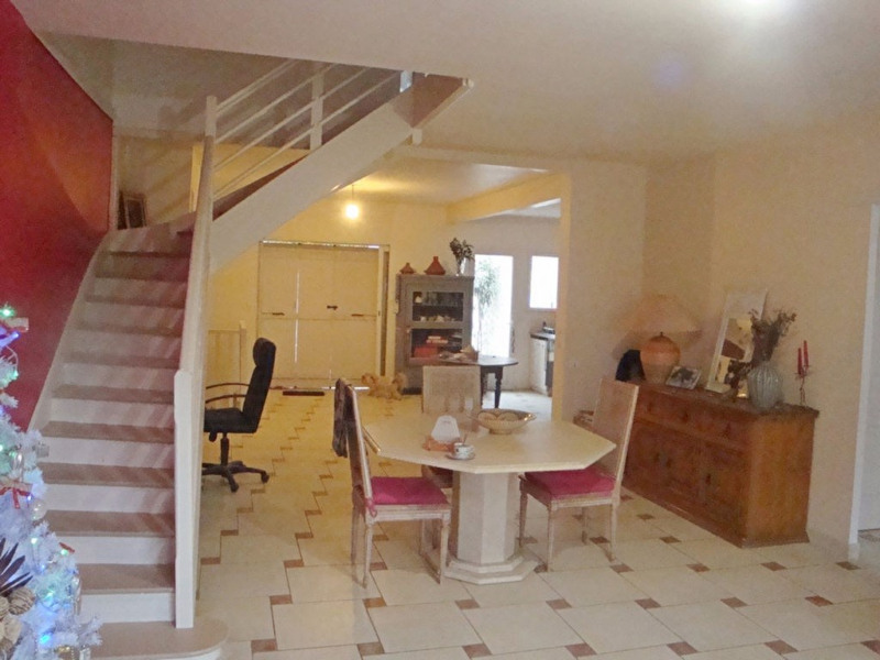 Vente maison / villa Agen 223 000€ - Photo 4