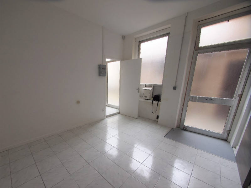 Location local commercial Nice 500€ CC - Photo 3