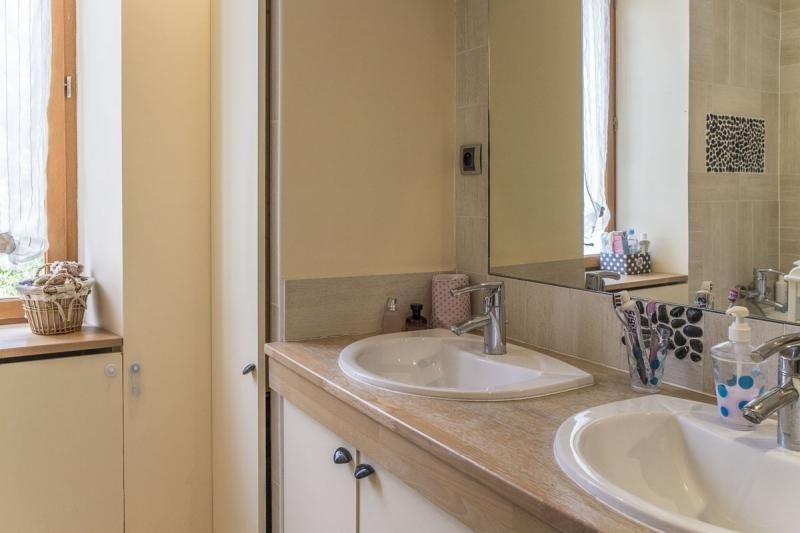 Sale house / villa Montfort l amaury 278000€ - Picture 8