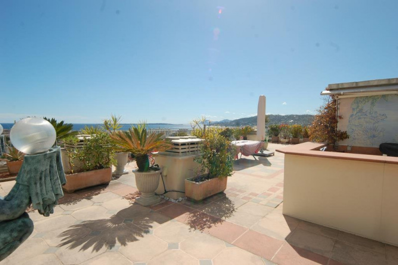Deluxe sale apartment Antibes 795000€ - Picture 4