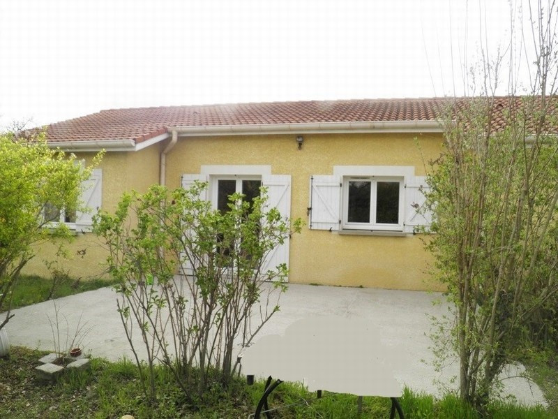 Sale house / villa Lapeyrouse mornay 155 000€ - Picture 1