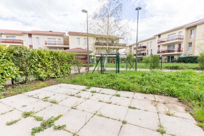 Rental house / villa Miribel 1014€ CC - Picture 2