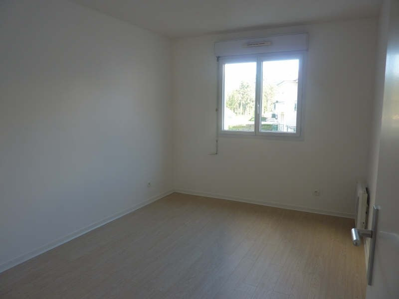 Rental apartment Claye souilly 960€ CC - Picture 4