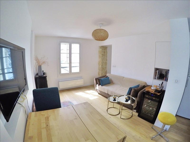 Sale apartment Paris 3ème 620000€ - Picture 2