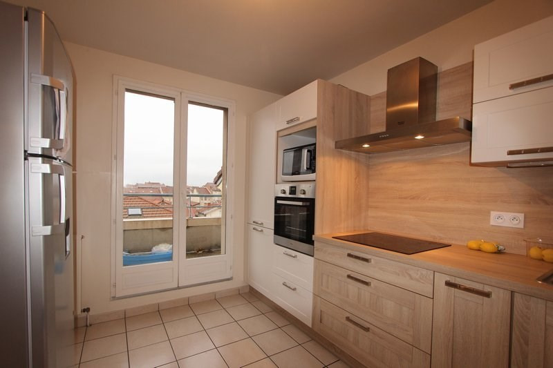 Vente appartement Romans-sur-isère 158 000€ - Photo 2