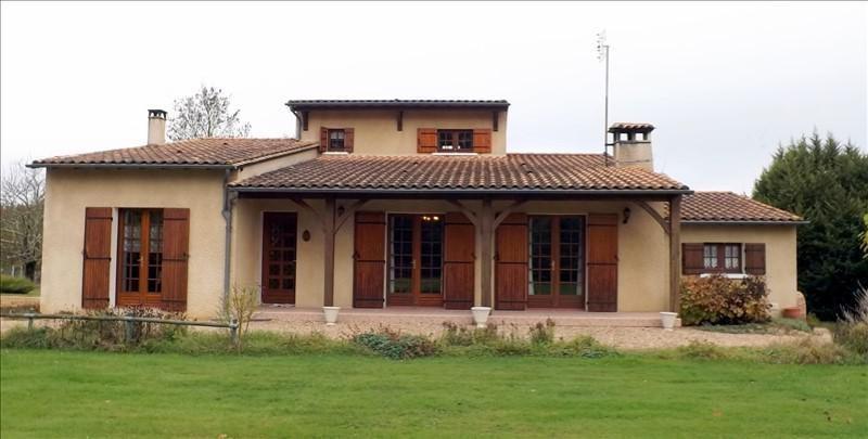 Sale house / villa St laurent des hommes 199000€ - Picture 1