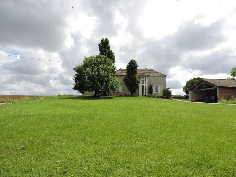Location maison / villa Castelculier 1030€ CC - Photo 1