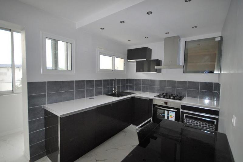 Sale apartment Juan-les-pins 270000€ - Picture 1