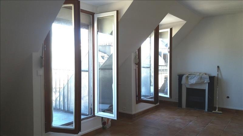 Locação apartamento Paris 10ème 1300€ CC - Fotografia 3