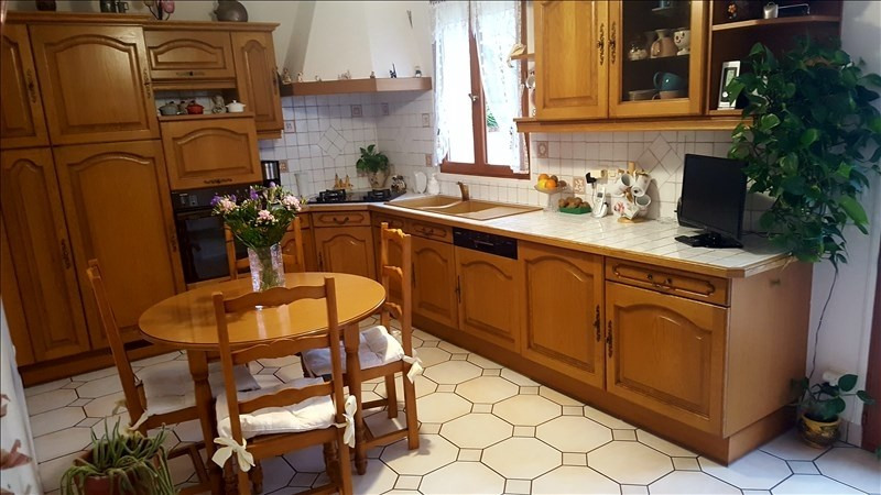 Sale house / villa Combs la ville 374 900€ - Picture 3