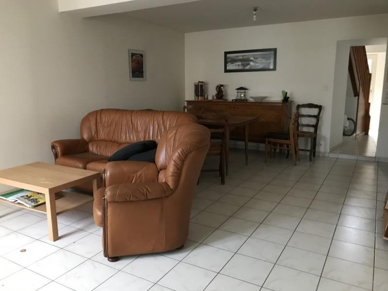Sale house / villa Montrevault 80000€ - Picture 2