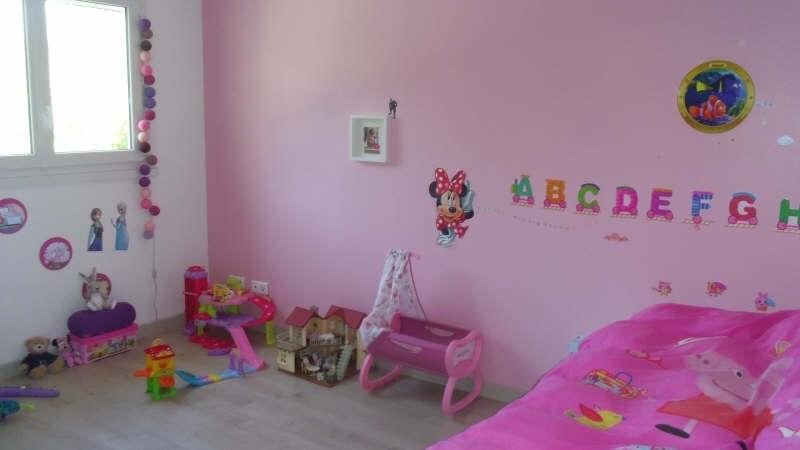 Sale house / villa Lesigny 335000€ - Picture 6