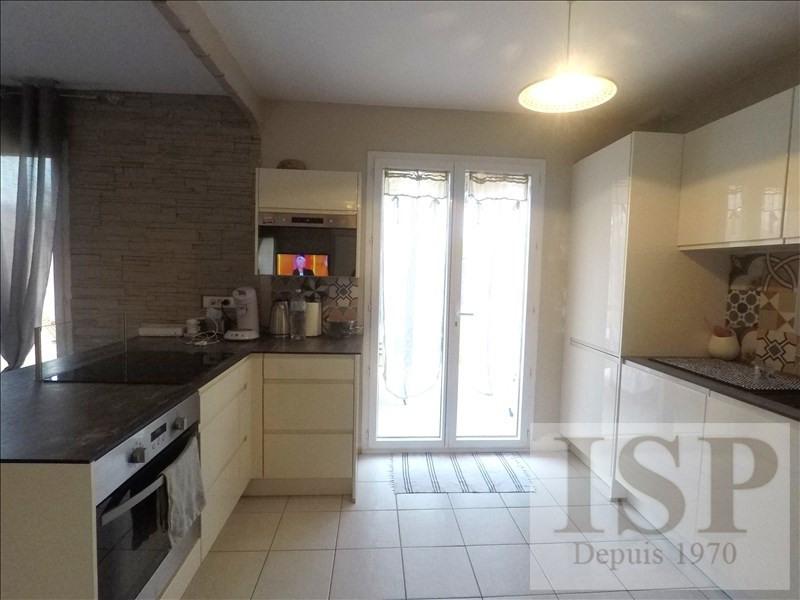 Vente maison / villa Les milles 355000€ - Photo 7