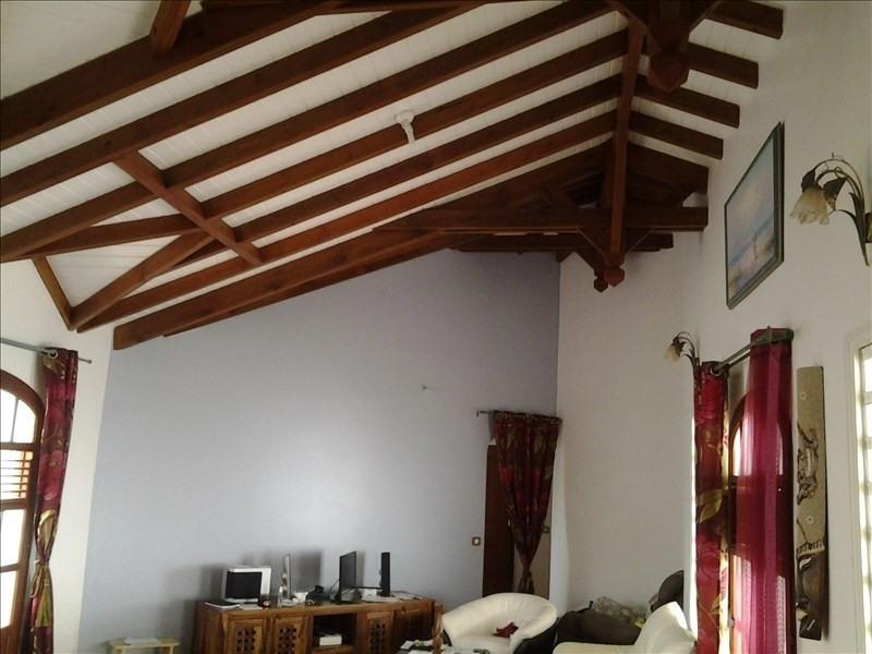 Sale house / villa Le moule 380000€ - Picture 2