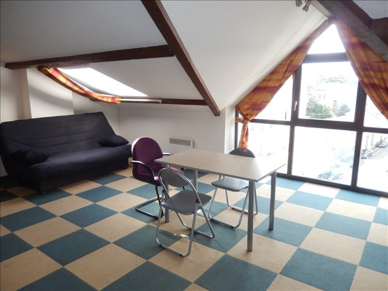 Rental apartment Le puy en velay 256,79€ CC - Picture 1