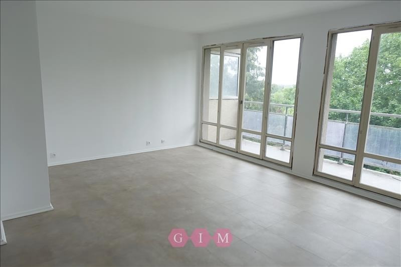 Rental apartment Andresy 1 240€ CC - Picture 3