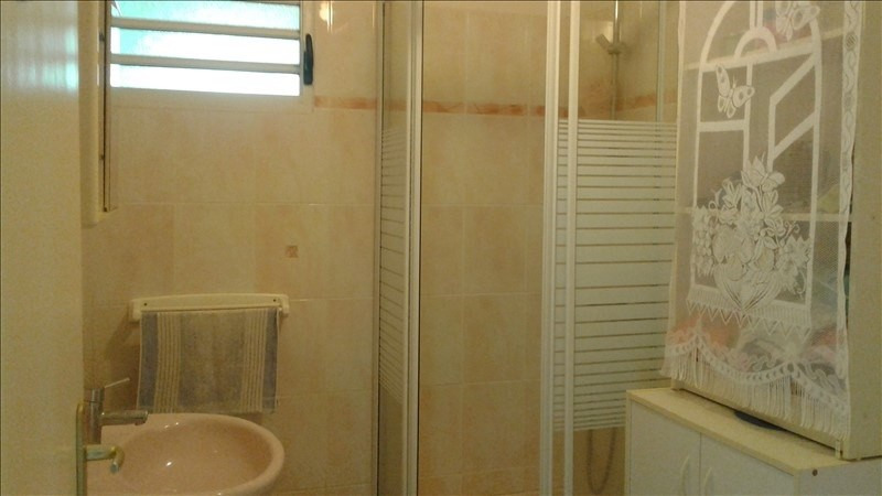 Sale house / villa Lamentin 310 000€ - Picture 8