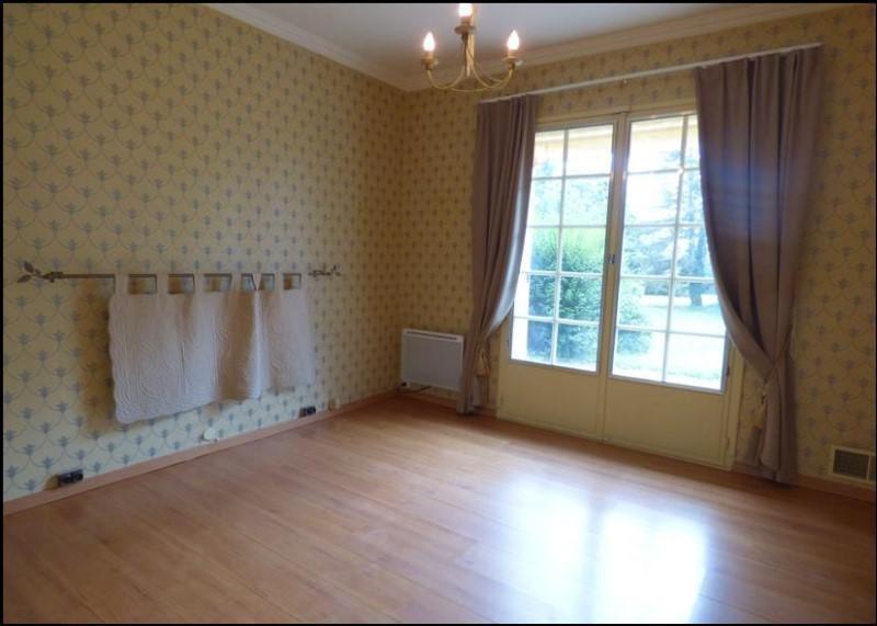 Sale house / villa Perreux 214700€ - Picture 5
