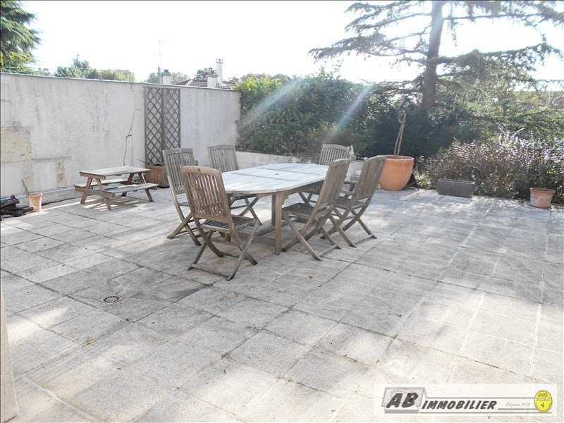 Location maison / villa Andresy 2 600€ CC - Photo 3