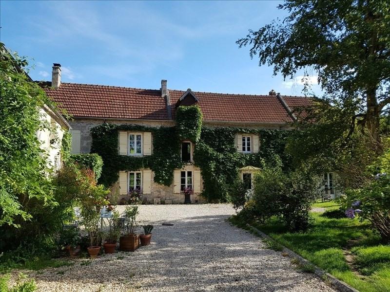 Deluxe sale house / villa Villers cotterets 590000€ - Picture 1