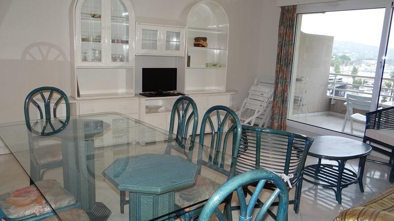 Vacation rental apartment Cavalaire sur mer 900€ - Picture 6