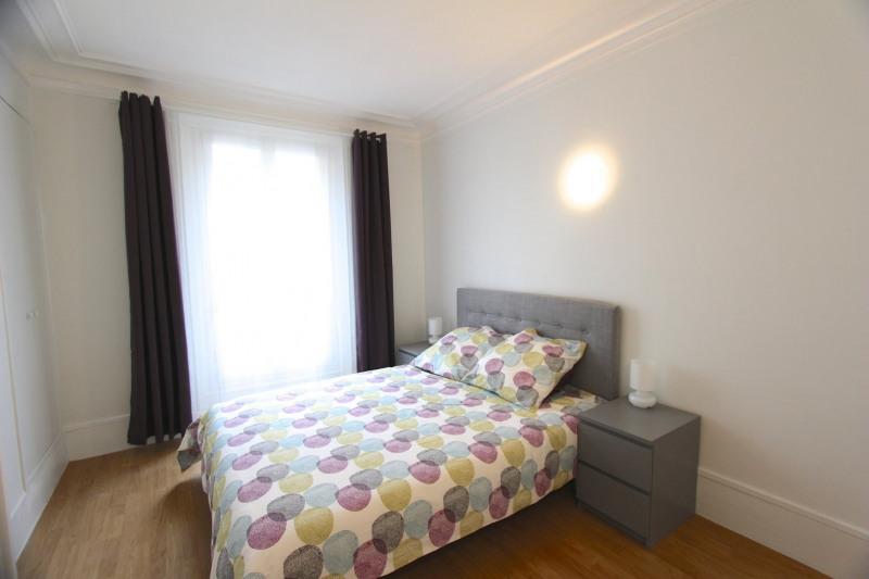 Location appartement Paris 18ème 1260€ CC - Photo 2