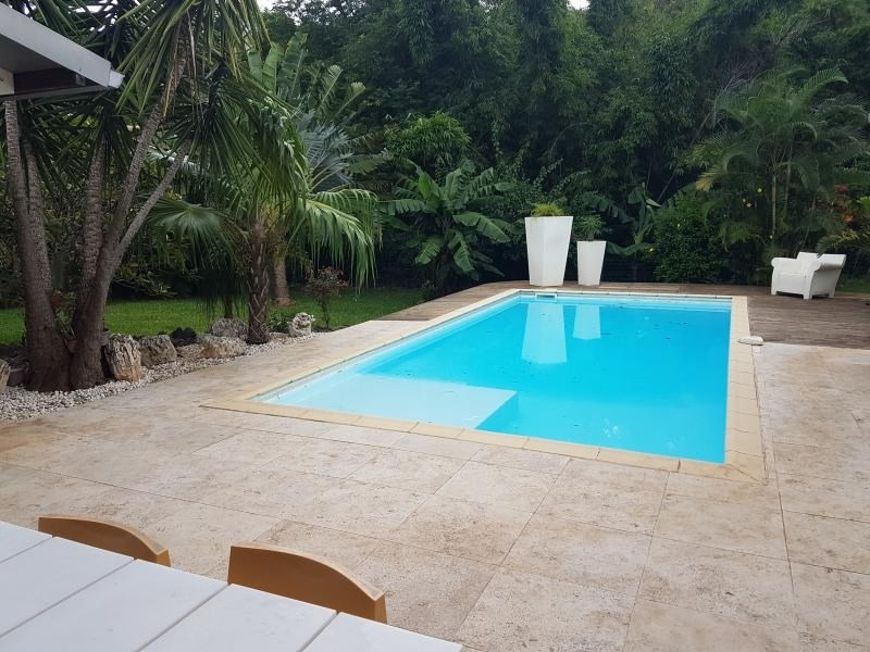 Vente de prestige maison / villa La possession 680000€ - Photo 2