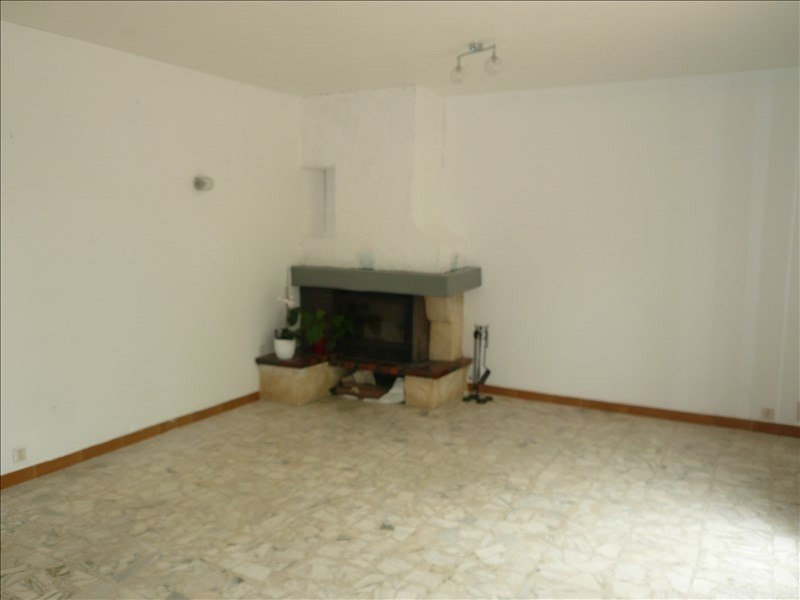 Location maison / villa La seyne sur mer 1 100€ CC - Photo 5
