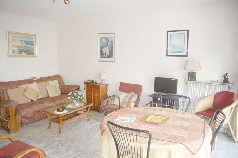 Sale apartment Juan-les-pins 244 000€ - Picture 1